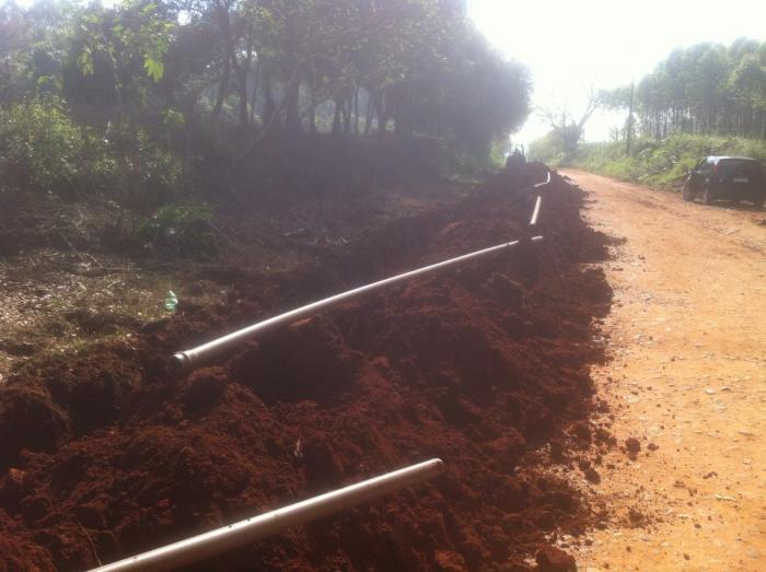 Iniciada obra da rede de água na Volta dos Freitas