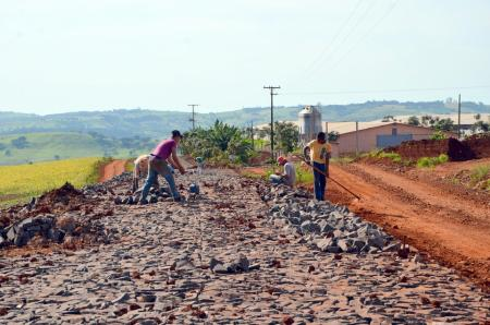 Município apresenta proposta para pavimentação no Boqueirão