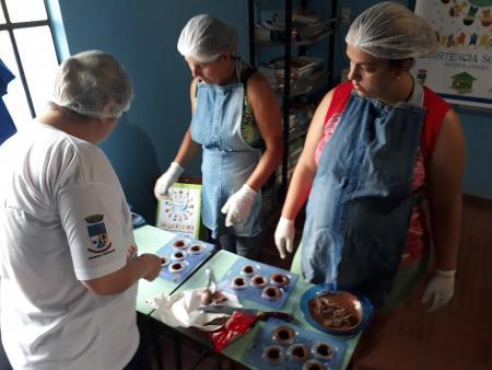Projeto Gerando Renda em Casa faz sua primeira oficina